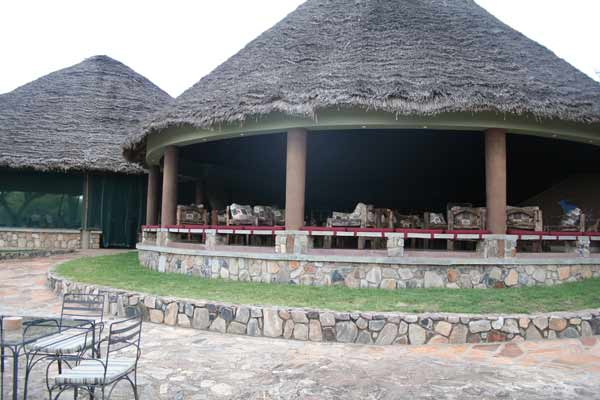 Salle à manger du Tarangire Safari Lodge