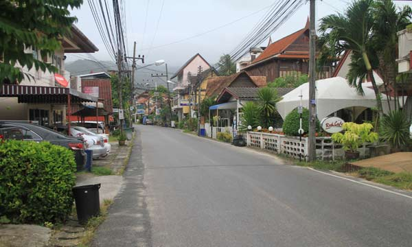 rue kamala phuket thailande