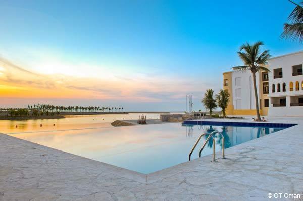 piscine juweira boutique hotel sultanat oman