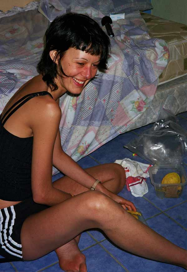 Nathalie dans la chambre de Cabinas Arenas