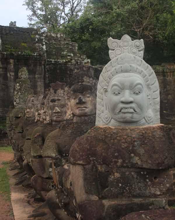 Restauration d'Angkor