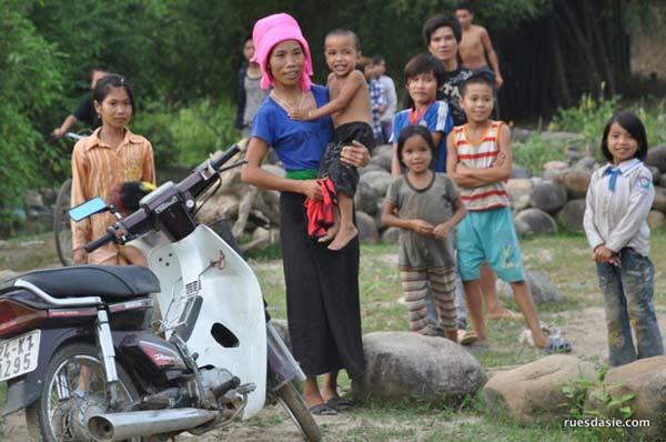 Voyage en moto au Vietnam par Rues d'Asie