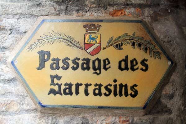 plaque rue village cagnes