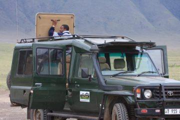 vehicule safari tanzanie