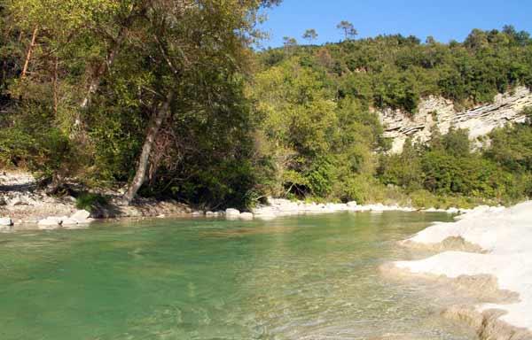 piscine naturelle pont cerise