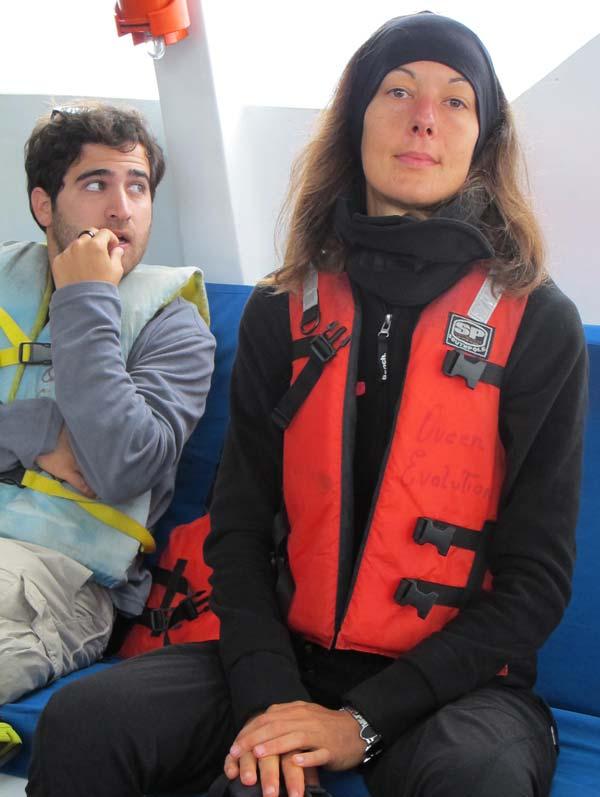 Nathalie dans le speedboat pour San Cristobal aux Galapagos