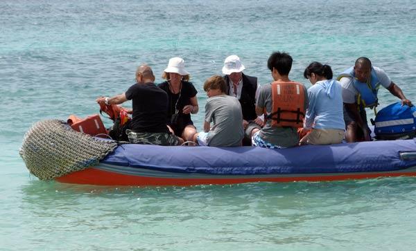 excursions bateau Panga aux Galapagos