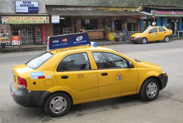 taxi latacunga