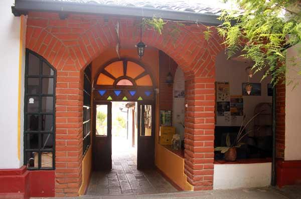 Hôtel Riviera Sucre à Otavalo, vers le jardin