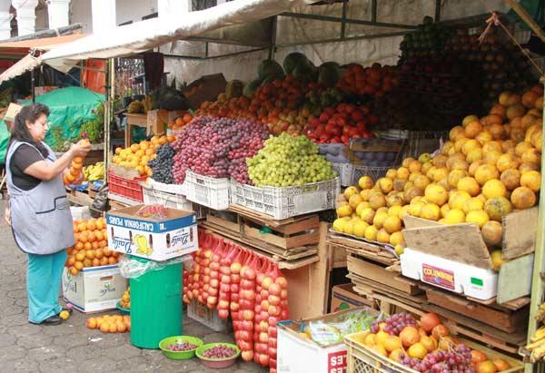 Etal du marché d'Otavalo