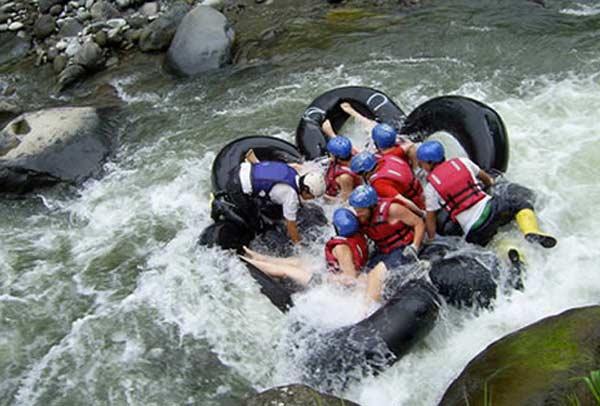 Rafting équatorien à Mindo