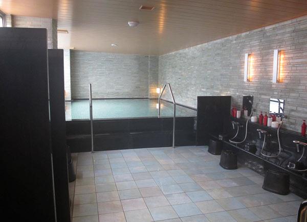 village kyoto hotel bain commun