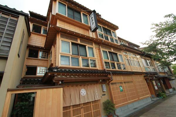 quartier des maisons de thé à kanazawa