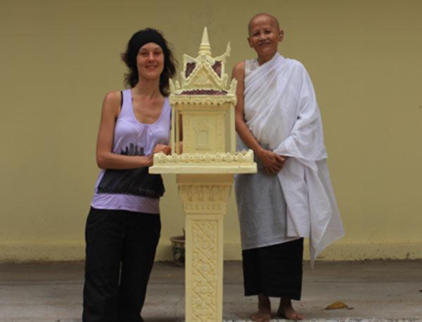 nathalie et une nonne
