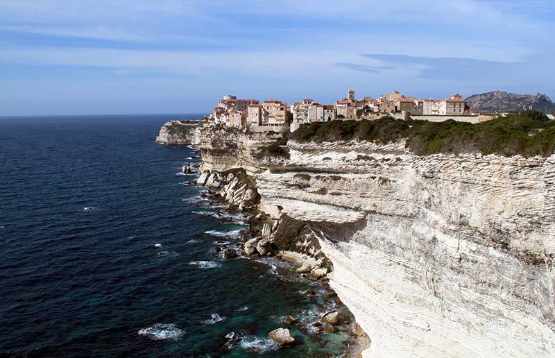 découvrir la Corse falaises de Bonifacio