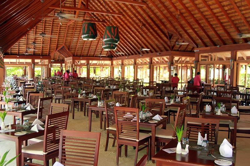 Funama intérieur restaurant Vilamndhoo