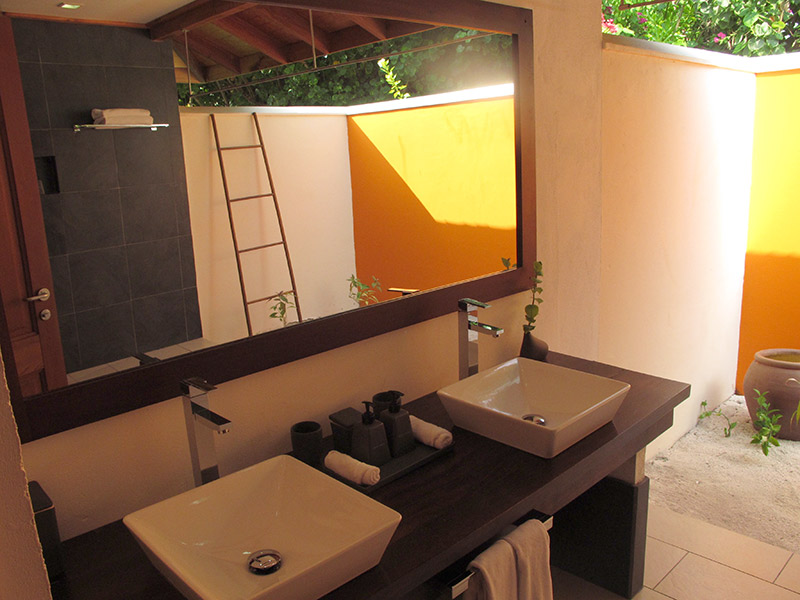 Maldives salle de bains à ciel ouvert