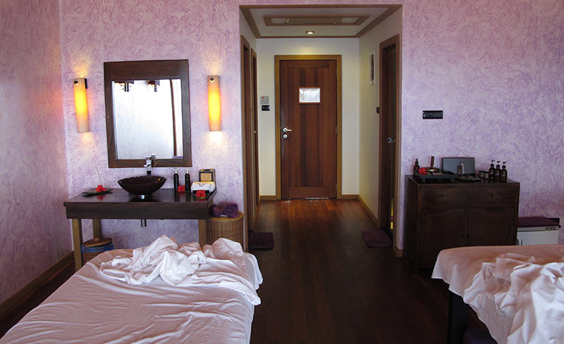 massage Vilamendhoo Island Resort