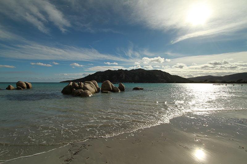 plage de Santa Giulia l'hiver en Corse