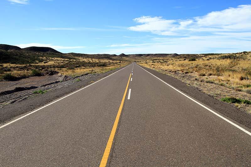 route droite en Patagonie
