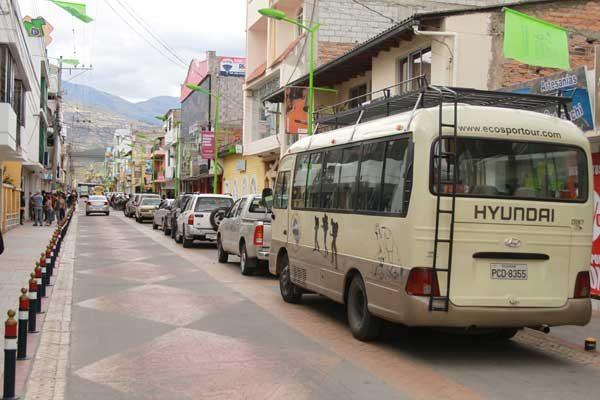 Cotacachi en Equateur, rue principale