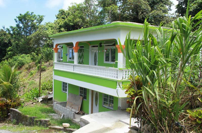 Dominique maison verte à Delices