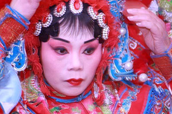 Actrice à l'opéra du Sichuan