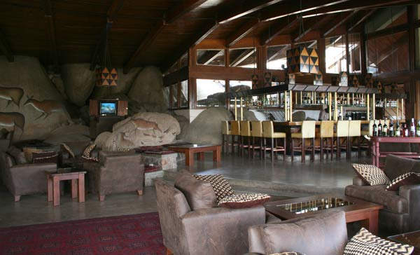 Ambiance safari du bar du Seronera Wildlife Lodge