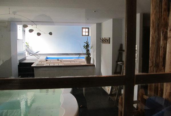 Jacuzzi et piscine du Mont des Huiles