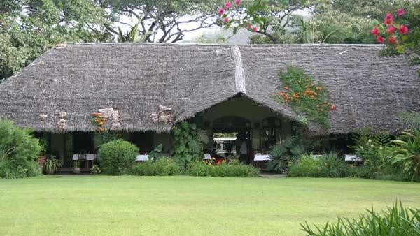Le bâtiment principal du Moivaro Lodge