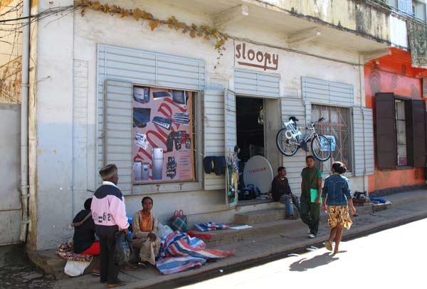 Magasin vendant des réfrigérateurs à Fianarantsoa