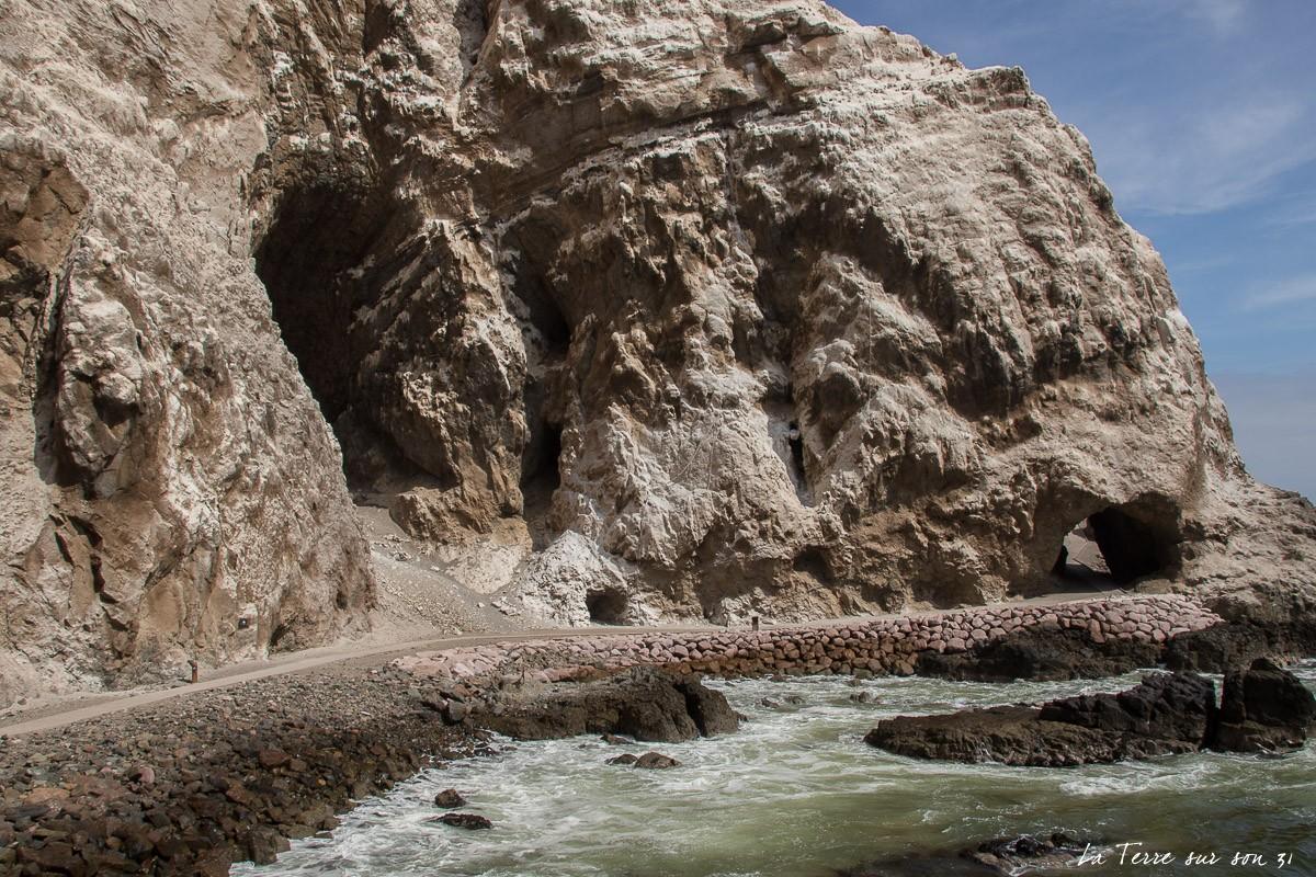 que faire à arica grottes d'anzota