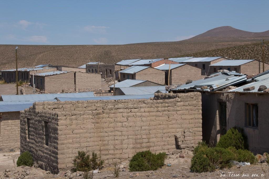 village isluga habitation aymara