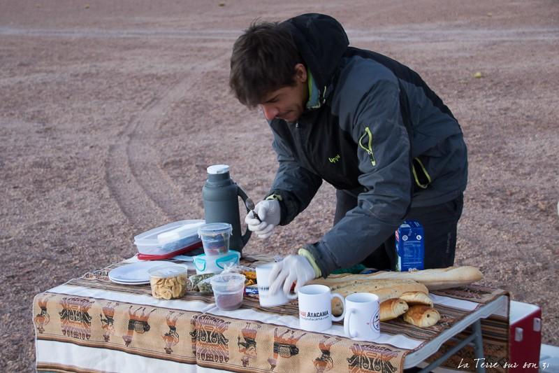 petit-dejeuner avant ascension volcan