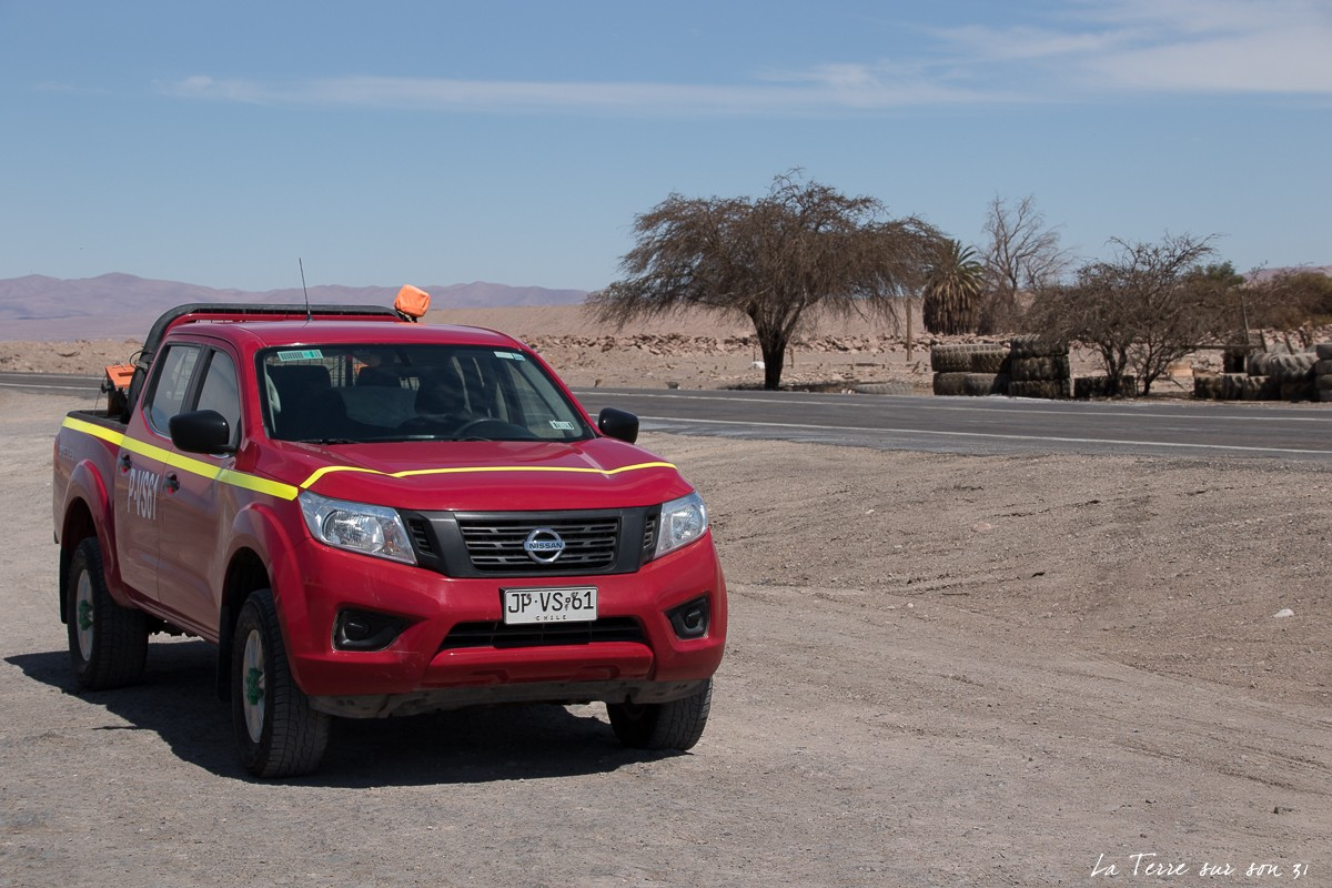 Voiture ruta 5 désert d'Atacma