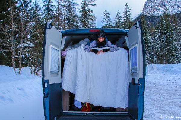 voyage en van aménagé en hiver