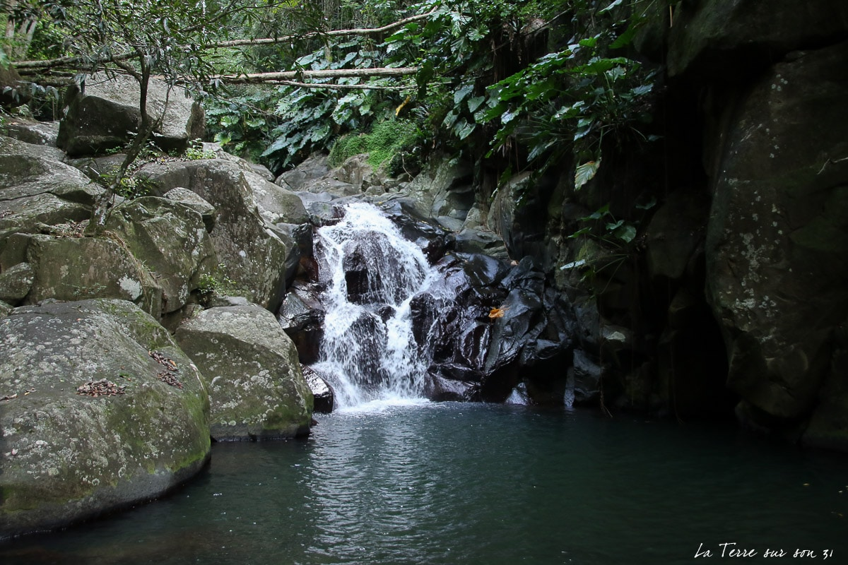 vers deuxième cascade rivière caillou