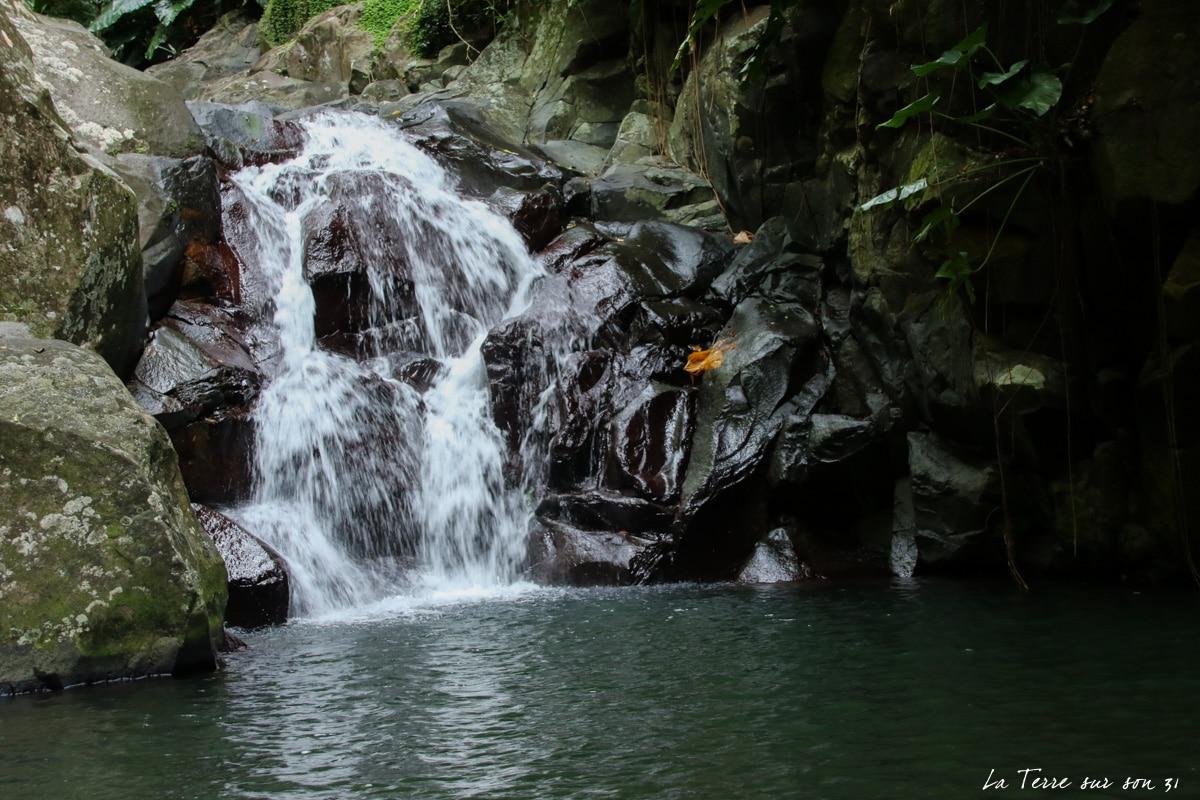 pointe-noire chute de la rivière caillou